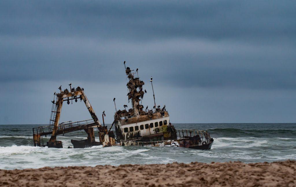 skeleton coast road trip namibia