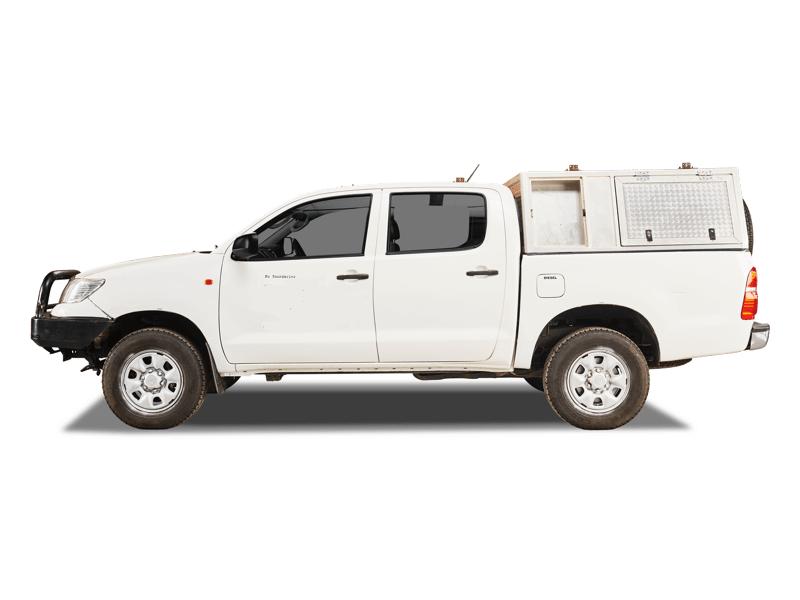 toyota hilux safari camper vehicle