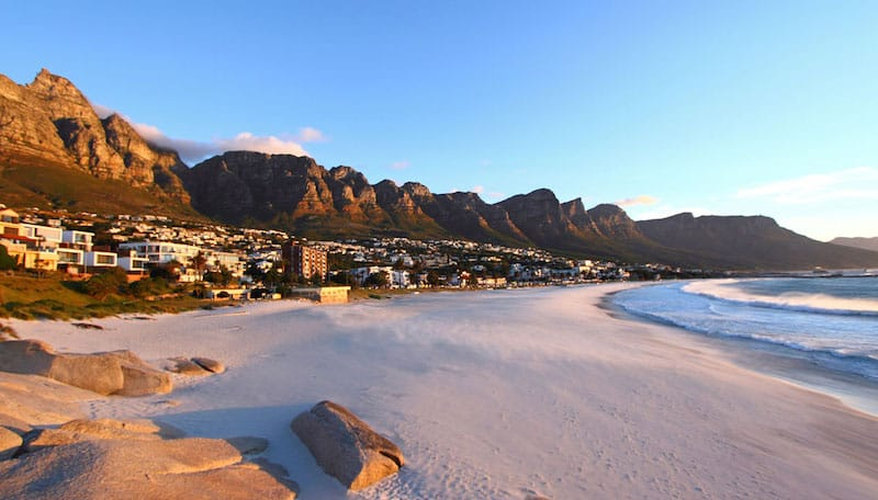 camps_bay_beach_at_sunset_04-10