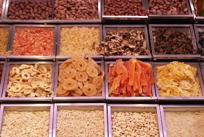 Dried fruit make for great snacks for road trips when using a car rental.